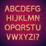 Alphabet au néon rougeoyant de barre Photographie stock
