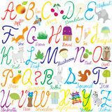 Alphabet avec des lettres, des mots et des illustrations Photos stock