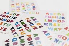 Alphabet bezeichnet Kreidevorstand mit Buchstaben Stockfotografie
