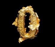 Alphabet und Zahlen im rauen Goldblatt Stockbilder