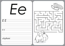 Alphabet A-Z - puzzle Worksheet - Cute Elephant and Peanuts Royalty Free Stock Images