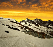 Alphubel, DOM e Taschhorn nel tramonto Fotografie Stock Libere da Diritti