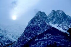 Alpi alla notte Fotografia Stock Libera da Diritti