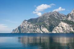 Alpi alla polizia del lago Fotografie Stock Libere da Diritti