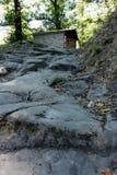 Alpi Apuane,福尔泰德伊马尔米,卢卡,托斯卡纳,意大利 道路leadin 免版税库存图片