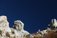 Alpi Apuane, Massa Carrara, Toskana, Italien Felsen auf dem Gebirgszug Pizzo d ?Uccello lizenzfreies stockbild