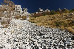 Alpi Apuane, Massa Carrara, Toskana, Italien Felsen auf dem Pizzo d lizenzfreie stockbilder