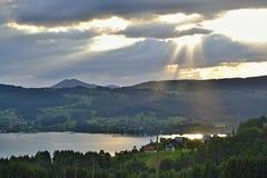 Alpi austriache - lago Attersee Immagine Stock
