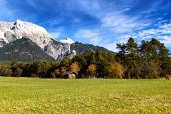 Alpi in autunno, Mieming, Austria, Tirolo Immagini Stock Libere da Diritti