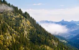 Alpi bavaresi con nebbia Fotografia Stock Libera da Diritti