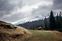 Alpi bavaresi durante il giorno nuvoloso Immagini Stock Libere da Diritti