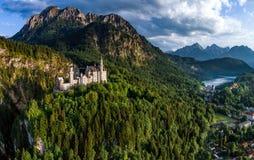 Alpi bavaresi Germania del castello del Neuschwanstein Immagine Stock