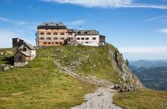 Alpi - chalet Watzmannhaus nelle alpi del nord della calcite - la Baviera Fotografia Stock Libera da Diritti