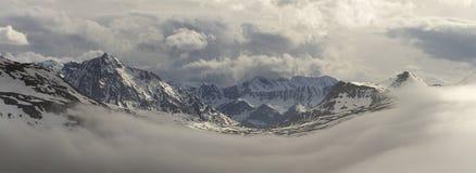 Alpi del francese di Snowy Fotografie Stock Libere da Diritti