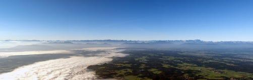 Alpi dell'europeo di fotographia di aria Fotografia Stock