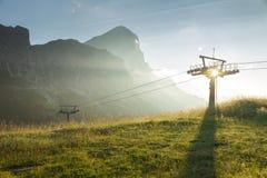 Alpi della dolomia durante l'alba in Passo Falzarego Fotografie Stock