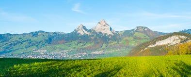 Alpi della Svizzera centrale Giorno di autunno Fotografia Stock Libera da Diritti