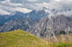 Alpi delle dolomia in Italia Bella vista delle montagne Immagine Stock