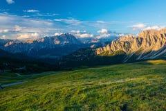 Alpi delle dolomia L'Italia Immagini Stock