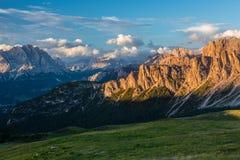 Alpi delle dolomia L'Italia Immagine Stock