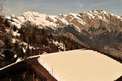 Alpi dello svizzero e del tetto Immagine Stock