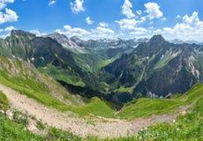 Alpi di Allgau con Hoefats Fotografie Stock Libere da Diritti
