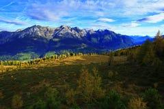 Alpi di autunno della montagna Immagine Stock Libera da Diritti