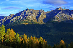 Alpi di autunno della montagna Fotografia Stock Libera da Diritti