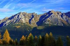 Alpi di autunno della montagna Fotografia Stock