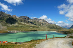 Alpi di Bernina e lago bianco - Poschiavo Svizzera Fotografia Stock