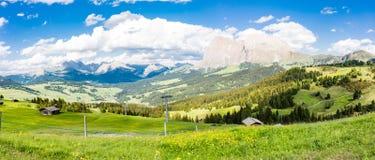 Alpi di panorama della montagna Immagine Stock Libera da Diritti