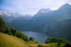 Alpi di Swisss e lago Luzerne da Morschach Fotografie Stock