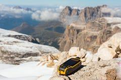 Alpi disponibile delle dolomia del navigatore di GPS Fotografia Stock Libera da Diritti