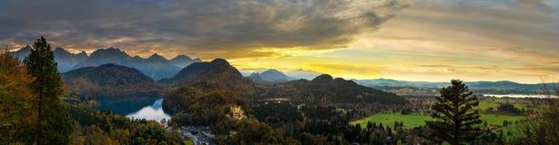 Alpi e laghi al tramonto in Germania Fotografie Stock