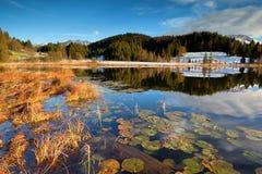 Alpi e lago Geroldsee in autunno Immagine Stock Libera da Diritti