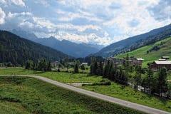 Alpi europee intorno al villaggio Gerlos in valle Austria di Zillertal Fotografia Stock Libera da Diritti