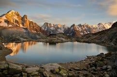 Alpi francesi durante il tramonto Immagini Stock
