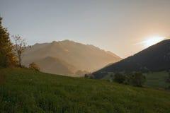 Alpi francesi, montagne di Vanoise ad alba Fotografie Stock