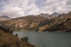 Alpi francesi, montagne di Vanoise, lago, diga Fotografia Stock