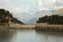 Alpi francesi, montagne di Vanoise, lago, diga Fotografia Stock Libera da Diritti