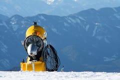 Alpi gialle dell'austriaco di Snowmachine Fotografia Stock Libera da Diritti