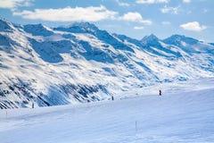 Alpi innevate dell'austriaco dei picchi di montagna di inverno Fotografie Stock Libere da Diritti