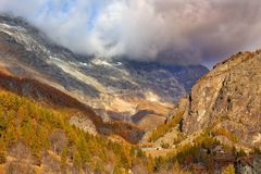 Alpi, Italia in autunno Fotografie Stock Libere da Diritti