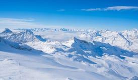 Alpi italiane nell'inverno Immagini Stock