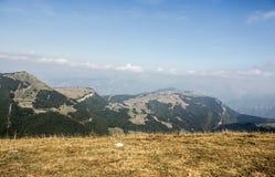 Alpi italiane nelle nuvole Immagini Stock