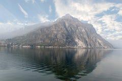 Alpi, lago Como. Fotografie Stock Libere da Diritti