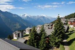 Alpi nel ricorso del cielo Fotografie Stock Libere da Diritti