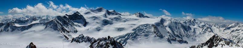 Alpi nell'orario invernale Immagini Stock