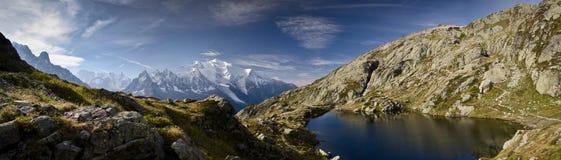 Alpi panoramiche del francese di Mont Blan- Immagini Stock Libere da Diritti