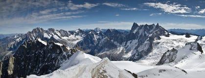 Alpi panoramiche di Mont Blanc Fotografia Stock Libera da Diritti